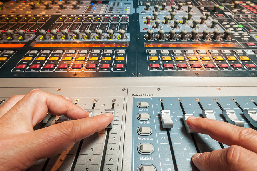 Top 10 Beginner Mistakes Made at Music Studios