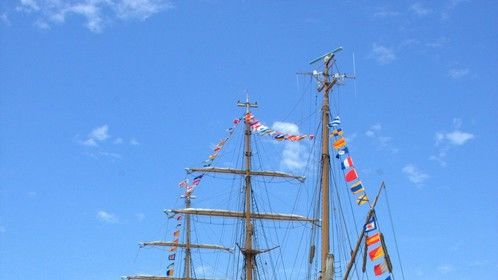 USS Constitution and the USCG Training Sail Ship