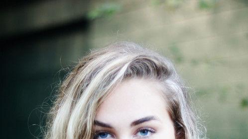 Headshot  2013 Kelia MacCluskey Photography