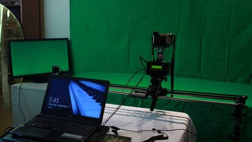 Stop motion and matchmoving pilot studio for miniature / scale jobs and proofs of concept.