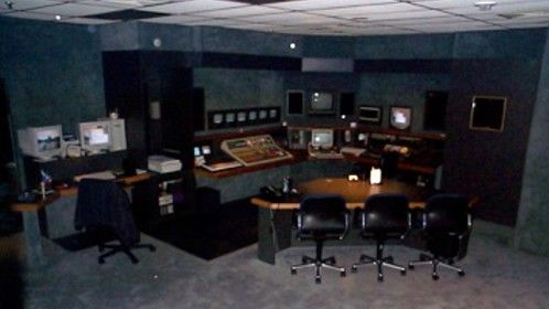 Old Online editing room at 119 fifth ave