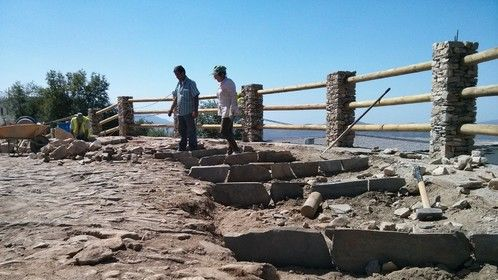 The outer edge of the threshing circle had to rebuilt and cobbled in the traditional way