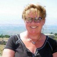 Lesley Fletcher