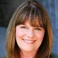 Lynne Ennis
