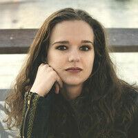 Stephanie Kirves
