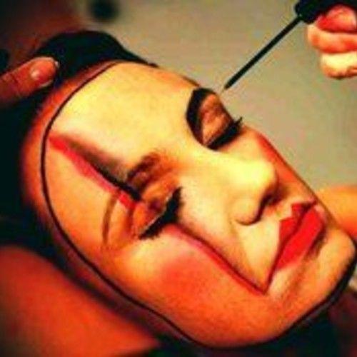 Dorina Forti makeup artist