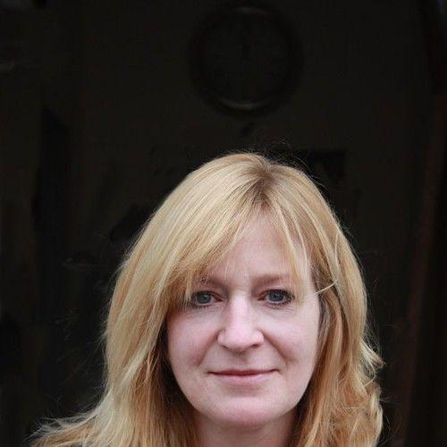 Miriam Kelly