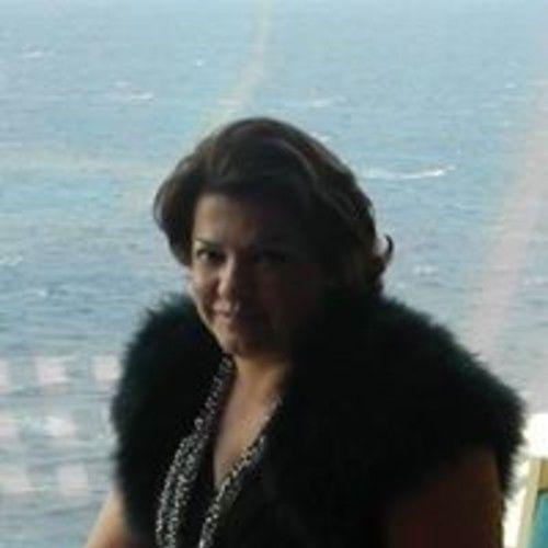 Elena Van Lieshout