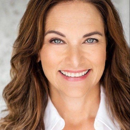 Holly Davidson Colasurdo