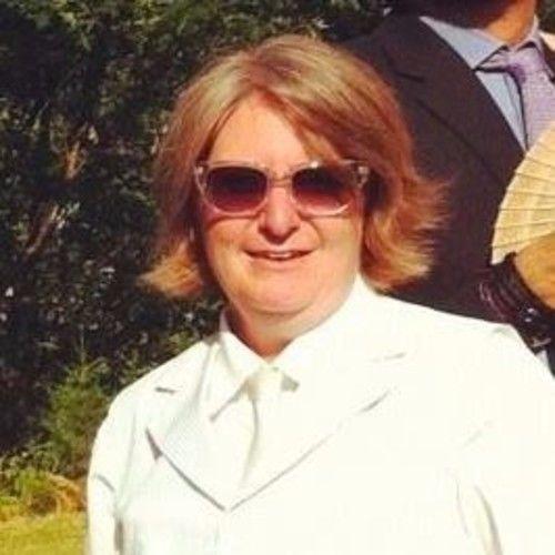 Paula Halton