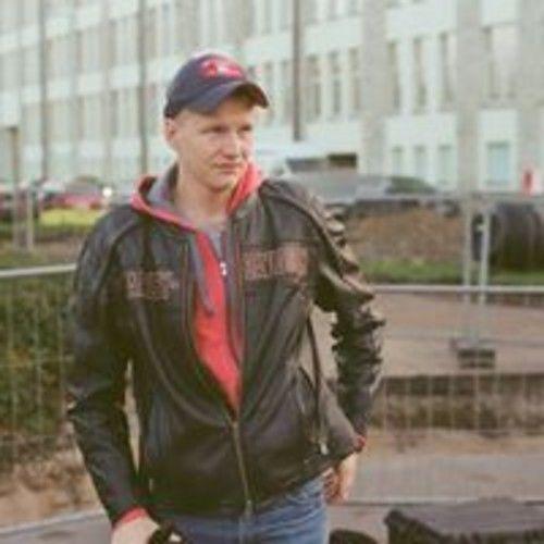 Ermins Baltais