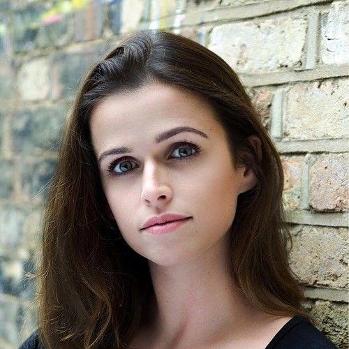 Ellie Rhodes