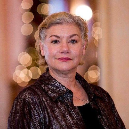 Leslie Welles