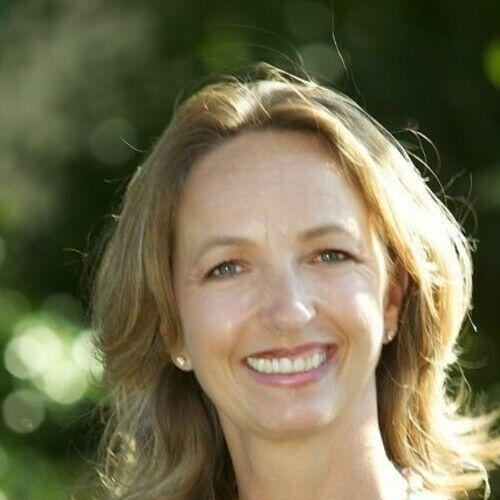 Victoria M. Reynnolds