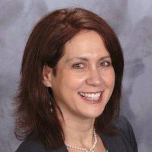 Lynne M Smelser