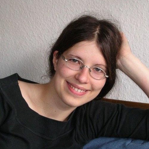 Esther Kaufmannq