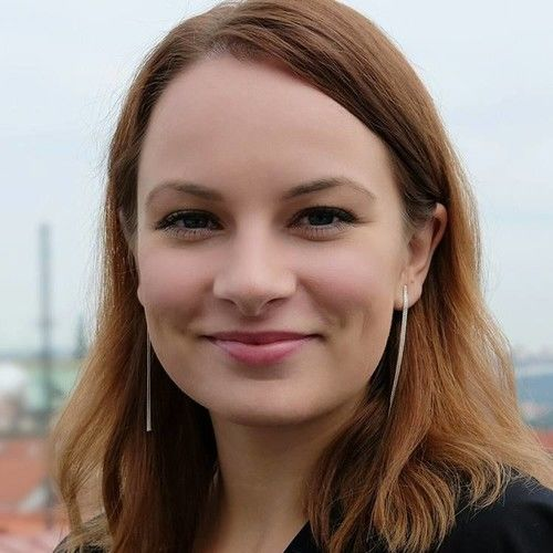 Lenka Silhanova