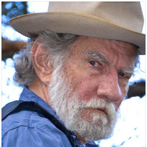 Gus Peters