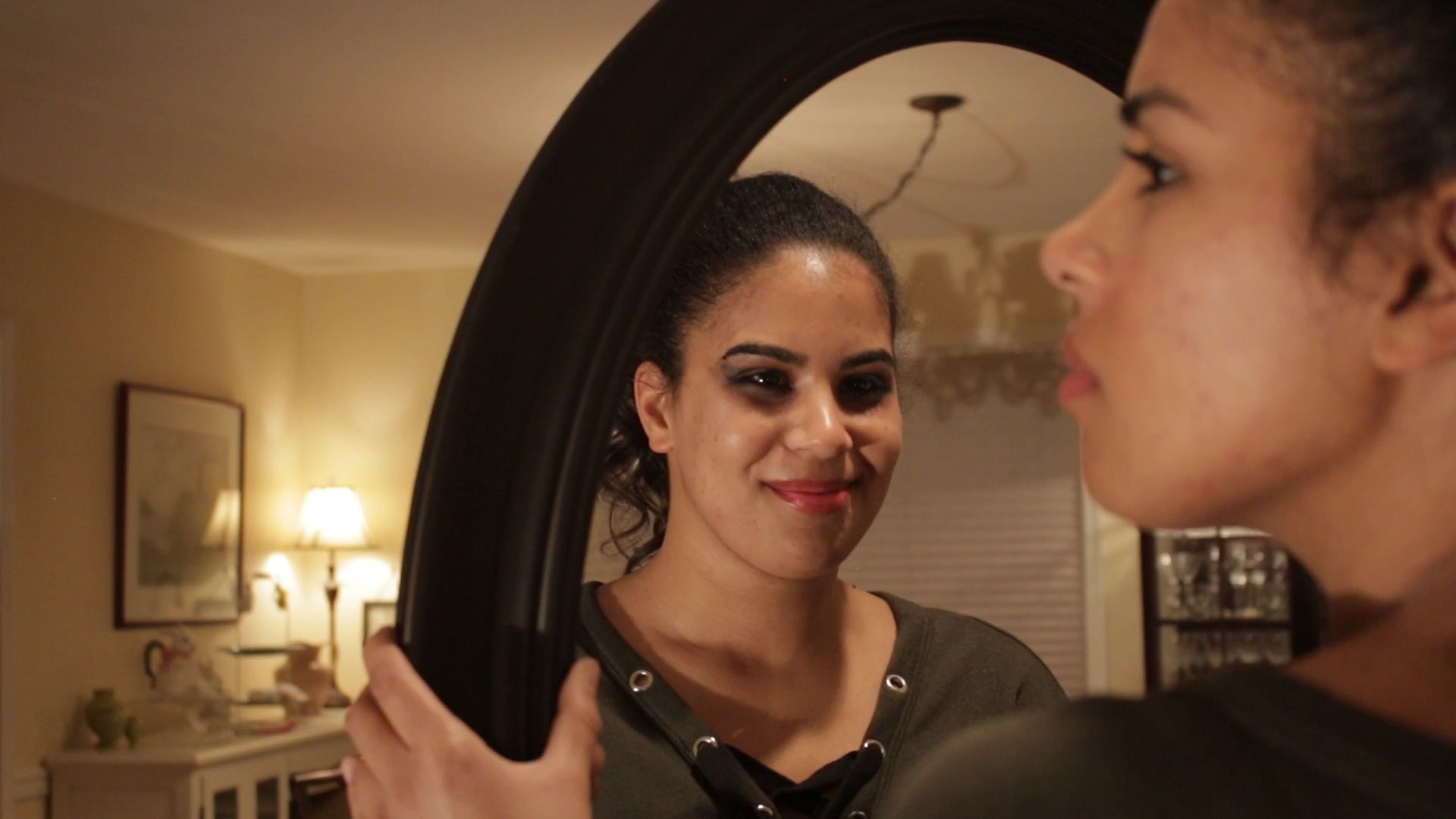 Bianca and the Mirror